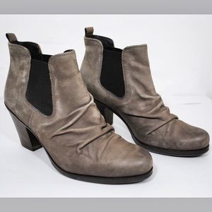 Paul Green Jano Gray Nubuck Chelsea Ankle Boot 6